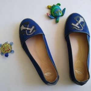 ⚓Nuture Canvas flats.